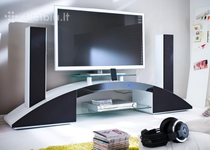 tv-media-elementas-staliukas-su-garso-sistema