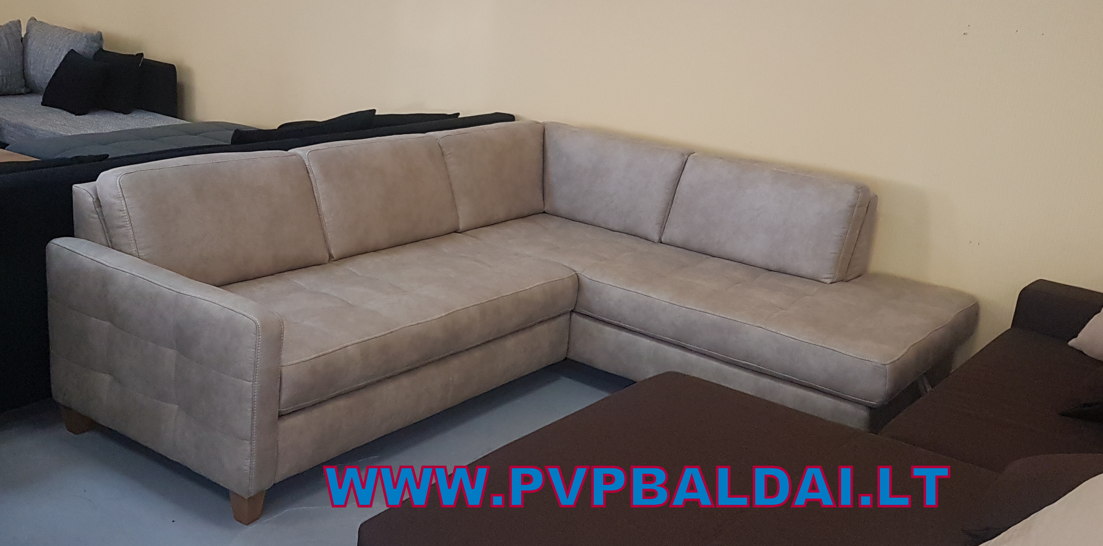 pvp baldai4